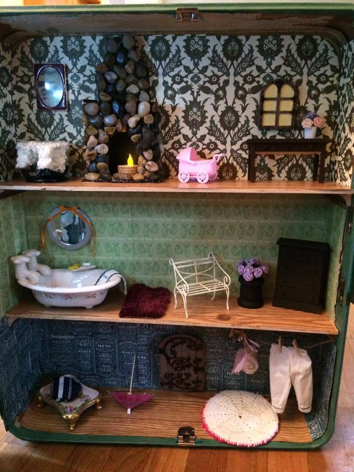 DIY Dollhouse Interior Decorating