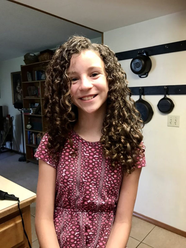 How to Style Your Daughter's Curly Hair